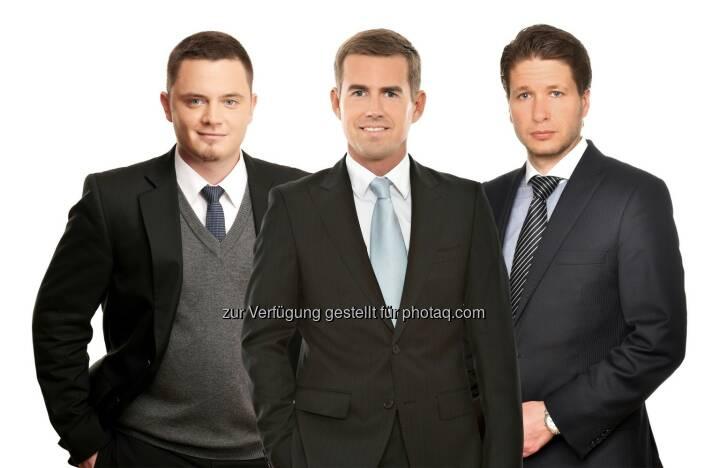 Vid Kobe, Roman Perner und Bojan Brezan (Schönherr) haben eine Gruppe von Aktionären der slowenischen Helios Domzale d.d. (Helios) sowie Pfandhalter an Helios-Aktien (gemeinsam die Verkäufer) beim Verkauf einer Mehrheitsbeteiligung an Helios an die Ring International Holding (RIH), einen in Wien ansässigen Industriekonzern, beraten. Nach dem Closing der Transaktion im April hält RIH, über ihre Tochtergesellschaft Remho Beteiligungs GmbH, nun 77,93 % der Anteile an Helios. Mit einem Verkaufswert von EUR 106 Millionen ist die Transaktion der größte M&A-Deal in Slowenien und die erste erfolgreiche Privatisierung in den letzten Jahren. (Bild: Schönherr)