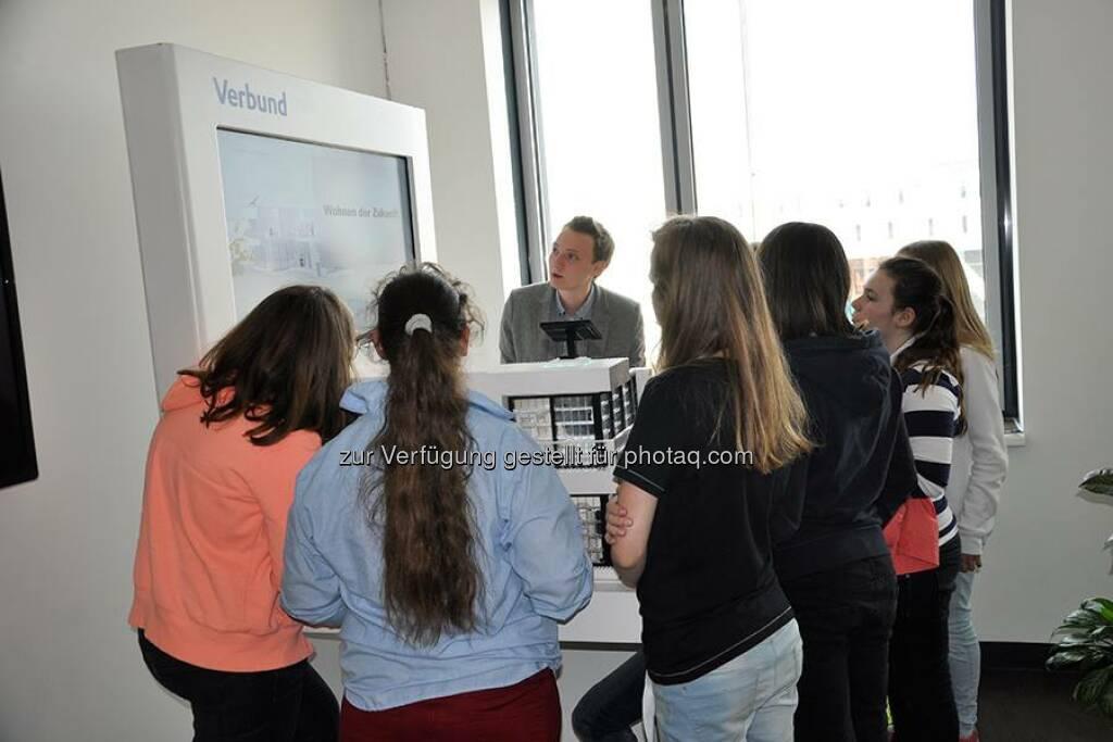 Auch VERBUND nahm am diesjährigen Wiener Töchtertag teil und bot 12 Mädchen die Chance die technische Berufswelt bei VERBUND kennen zu lernen. Einen ausführlichen Bericht findet ihr in unserem aktuellen Blogbeitrag: http://to.verbund.com/1mXsO9H  Source: http://facebook.com/verbund (30.04.2014)