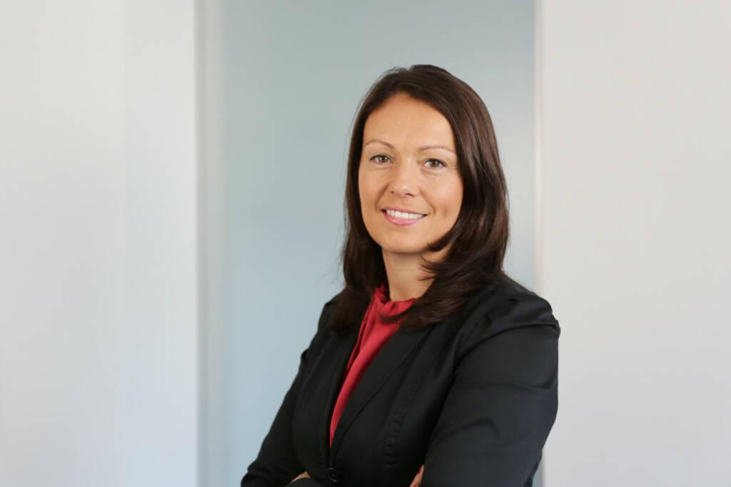 Beatrix Schlaffer, CMO Brokerjet, bringt auf boerse-social.com Gastkommentare (30.04.2014)