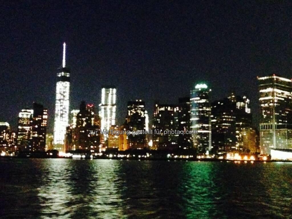 Skyline New York bei Nacht, © Sylvia Dellantonio (01.05.2014)
