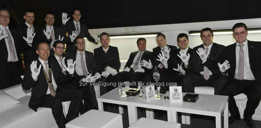 RT33 Ybbs are wearing the Helping Hands - Mit Markus Swete, Gerald Stubenberger (Bild: Round Table Austria) (03.05.2014)