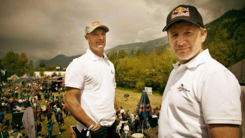 Hans-Peter Steinacher und Roman Hagara, © Wings for Life World Run / Red Bull (04.05.2014)