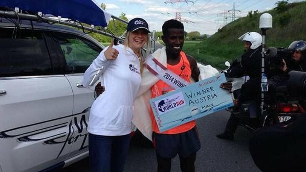 Sieger 2014: Lemawork Ketema (ETH) lief 78,57 Kilometer, © Wings for Life World Run / Red Bull (04.05.2014)