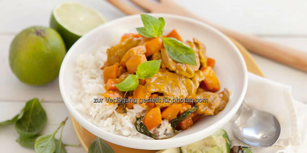 Curry mit Schweinefleisch und Basmatireis - http://www.kochabo.at/curry-mit-schweinefleisch-und-basmatireis/, © kochabo.at (05.05.2014)