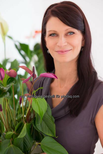 """Isabella Hollerer, Leiterin nachhaltige Entwicklung bei bellaflora:  """"Nachhaltigkeit ist immer langfristig ausgelegt und kann nur gelingen, wenn sie das gesamte Unternehmen umfasst. Mit der Nominierung bestätigt die Trigos Jury, dass wir genau diese Kernelemente leben."""" (c) Pflügl (06.05.2014)"""