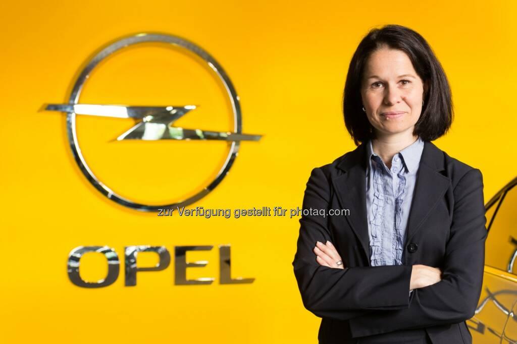Opel Wien GmbH: Barbara Schlosser (39) hat per 1. Mai die Führung des Personalbereichs des Motoren- und Getriebewerks der Opel Wien GmbH in Wien-Aspern übernommen (c) Opel (08.05.2014)