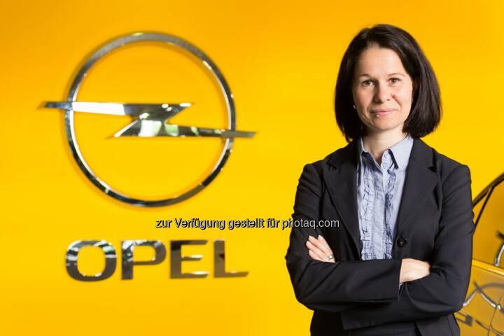 Opel Wien GmbH: Barbara Schlosser (39) hat per 1. Mai die Führung des Personalbereichs des Motoren- und Getriebewerks der Opel Wien GmbH in Wien-Aspern übernommen (c) Opel