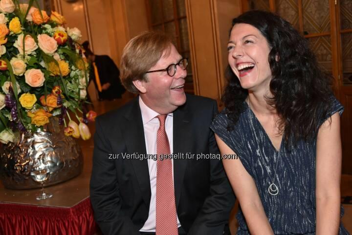 Bank Austria Vorstandvorsitzender Willibald Cernk, Kuratorin Lisa Ortner-Kreil