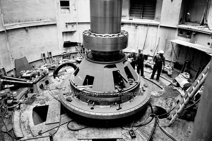 Verbund: Solche Einblicke in den Kraftwerksbau bekommt man selten. Hier ein Foto vom Kraftwerk Aschach aus dem Jahr 1963.  Source: http://facebook.com/verbund