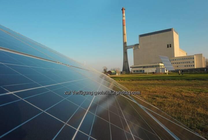 Sonne statt AKW.  Seit 2010 ist das EVN Photovoltaik-Forschungszentrum Zwentendorf da in Betrieb, wo einst ein Atomkraftwerk entstehen sollte. Mehr lesen: http://bit.ly/EVN_Photovoltaik  Foto: Moser  Source: http://facebook.com/EVN