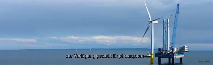 RWE: Welchen Rekord hält der Offshore-Windpark Gwynt y Môr vor der britischen Küste? a) er ist der zweitgrößte weltweit b) er war der erste in Europa c) er hat die hübschesten Windräder  Source: http://facebook.com/vorweggehen