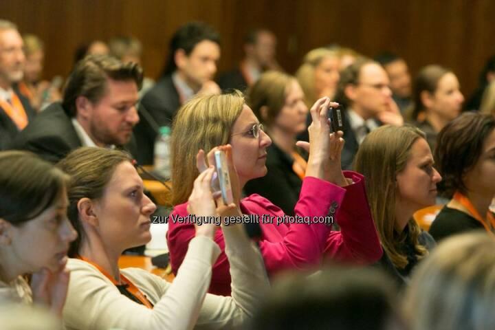 Handy, Publikum, Corporate Culture Club