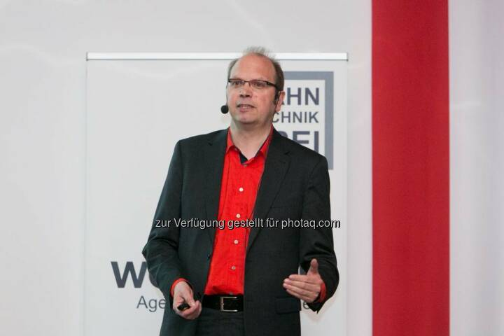 Klaus Eck (Eck Consulting Group)