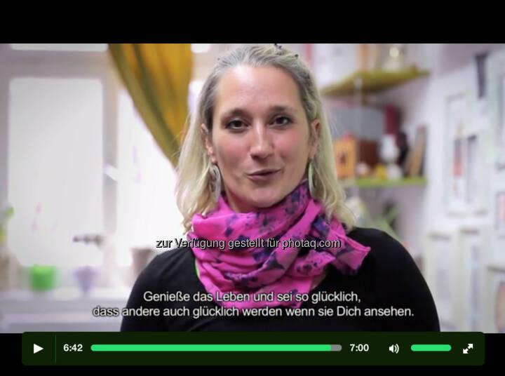 Martina Hagspiel: Close Calls by Kurvenkratzer