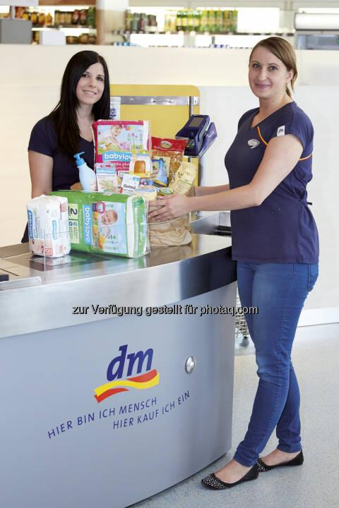 dm drogerie markt GmbH: dm startet Spendenaktion für Flutopfer