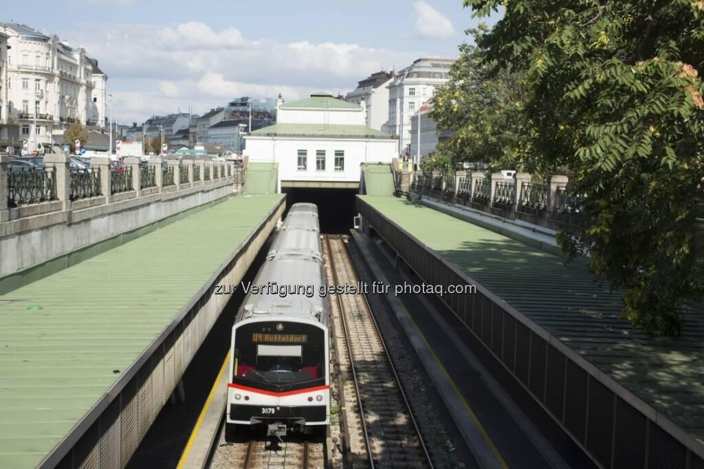 Siemens hat von den Wiener Linien die Aufträge erhalten die U-Bahnlinie U4 der Stadt Wien in den nächsten Jahren signaltechnisch auf den neuesten Stand der Technik zu bringen. Zum Lieferumfang gehören elektronische Stellwerke vom Typ Trackguard Sicas ECC sowie die Einbindung des automatischen Zugbeeinflussungssystem Trainguard LZB513. (Bild: Siemens) (27.05.2014)