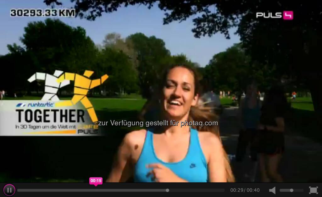 Bianca Schwarzjirg, Puls4: Zwischen dem 02. und 30. Juni ziehen wir uns die Laufschuhe an und rennen zusammen einmal um die ganze Welt. Jeder der mitläuft kann tolle Preise gewinnen. Alle Infos zur Aktion gibt es hier: http://www.puls4.com/cafepuls/runtastic-TOGETHER/artikel/13965 (28.05.2014)