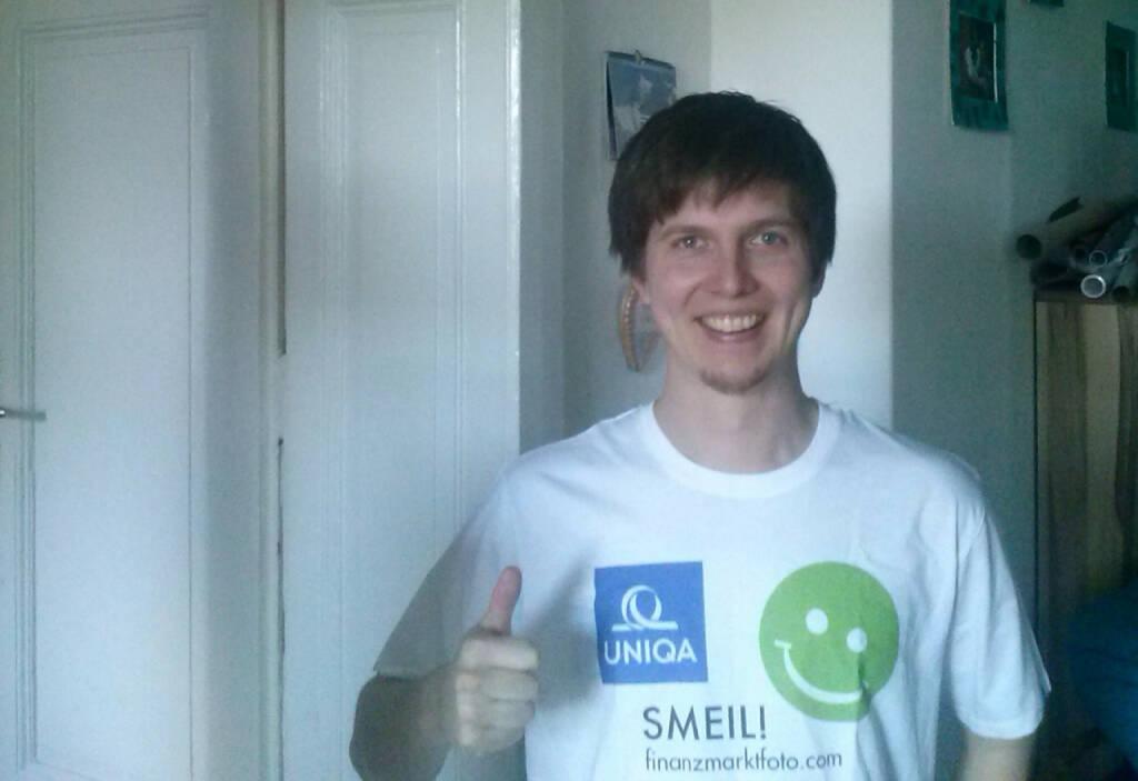 Uniqa Smeil: Stefan Koinegg, Mitgründer des bargain investment clubs (Foto: Daniel Koinegg), Shirt in der Uniqa Kollektion (29.05.2014)
