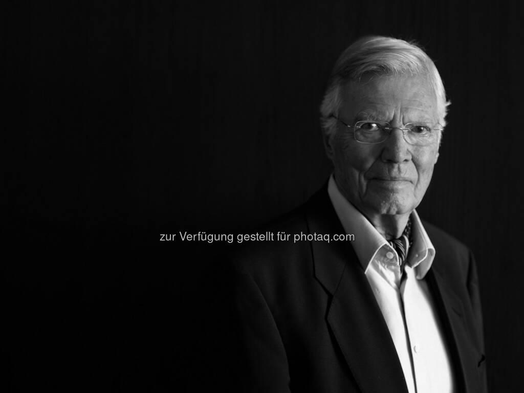 Verein Menschen für Menschen: Menschen für Menschen trauert um Karlheinz Böhm,  Gründer der Hilfsorganisation und ehemaliger Schauspieler im Alter von 86 Jahren verstorben / 5 Millionen Menschen profitieren heute von Karlheinz Böhms einzigartigem Lebenswerk (c) Peter Rigaud (OTS) (01.06.2014)