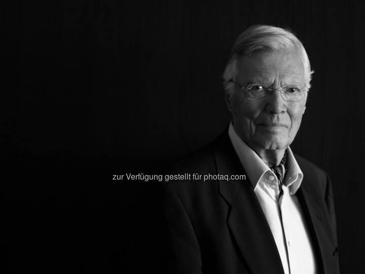 Verein Menschen für Menschen: Menschen für Menschen trauert um Karlheinz Böhm,  Gründer der Hilfsorganisation und ehemaliger Schauspieler im Alter von 86 Jahren verstorben / 5 Millionen Menschen profitieren heute von Karlheinz Böhms einzigartigem Lebenswerk (c) Peter Rigaud (OTS)