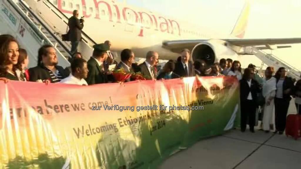 Flughafen Wien begrüßt Ethiopian Airlines! Anbei ein kleiner Videobeitrag zum heutigen Erstflug der Ethiopian Airlines von Addis Abeba nach Wien.  Source: http://facebook.com/flughafenwien (02.06.2014)