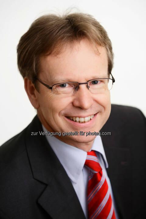 Peter Reichel, Geschäftsführung der OVE Service GmbH