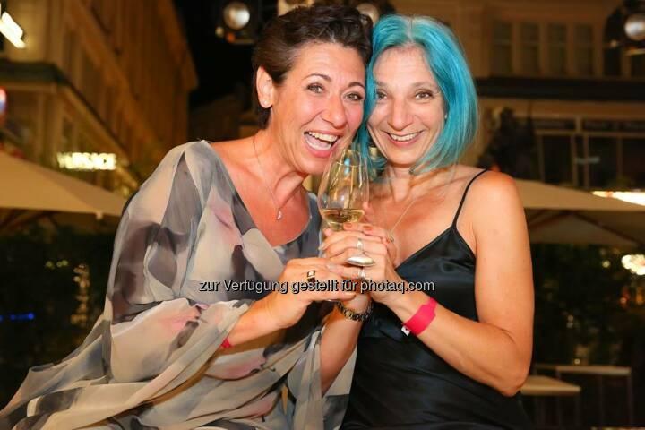 EVN verlost 1 x 2 Karten für Andrea Händler und Eva Billisch mit ihrem Programm Damenspitz im Filmhof Aspern.wi Teilnahmebedingungen: on.fb.me/EVN_Teilnahmebedingungen  Source: http://facebook.com/EVN