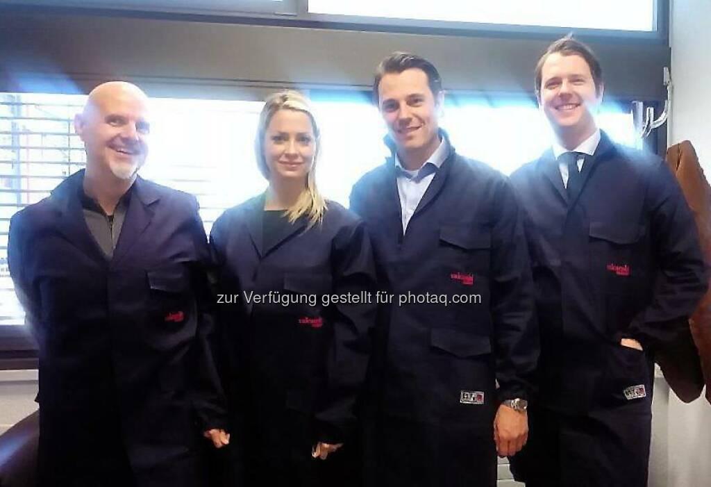 Nina Krist, Rudolf Brenner: philoro zu Besuch bei valcambi in der Schweiz.  Source: http://twitter.com/philoro (03.06.2014)