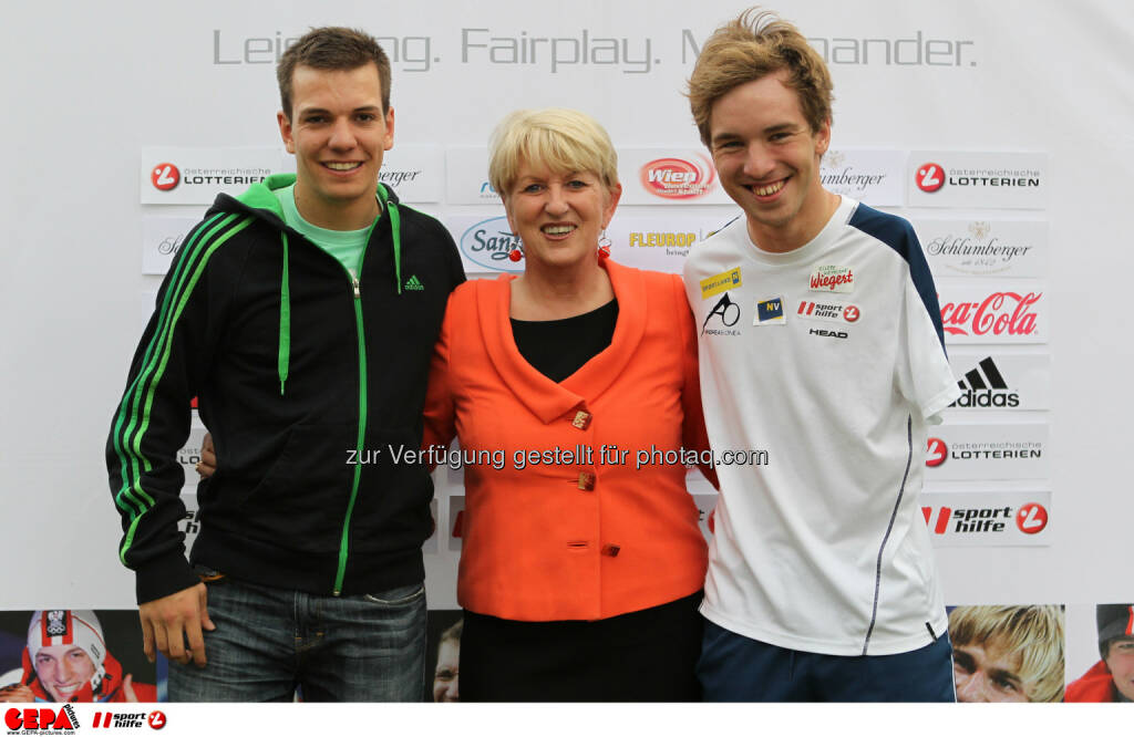 Markus Salcher (AUT), Praesidentin Maria Rauch Kallat (OEPC) und Andreas Onea (AUT). Foto: GEPA pictures/ Philipp Brem (04.06.2014)