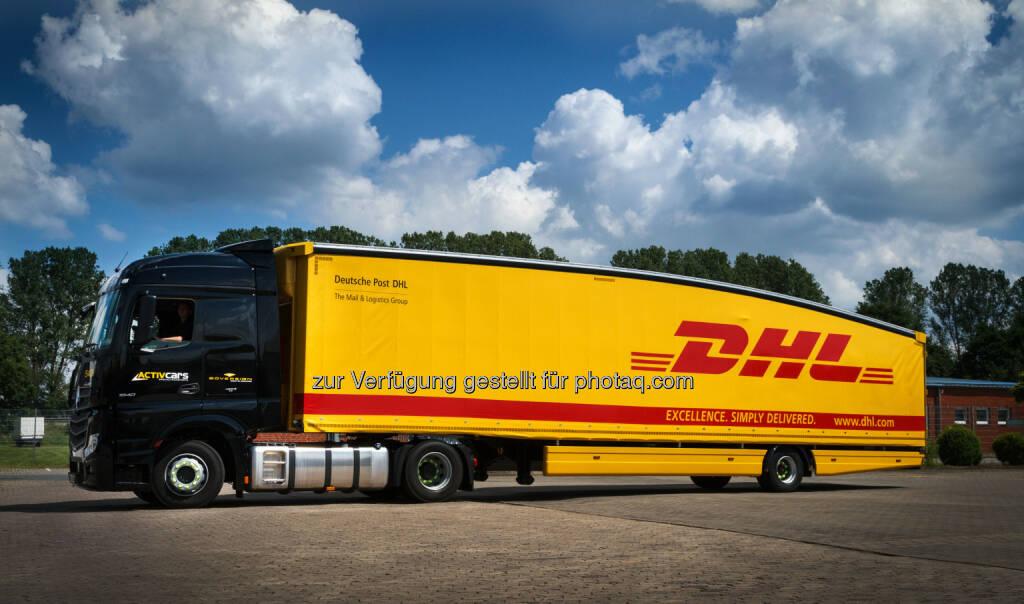 Deutsche Post DHL führt ersten Teardrop Trailer ein: Deutsche Post DHL, der weltweit führende Post- und Logistikanbieter, baut seine grüne Fahrzeugflotte von derzeit rund 11.500 Fahrzeugen mit alternativem Antrieb und aerodynamischen Modifikationen kontinuierlich aus.  (04.06.2014)