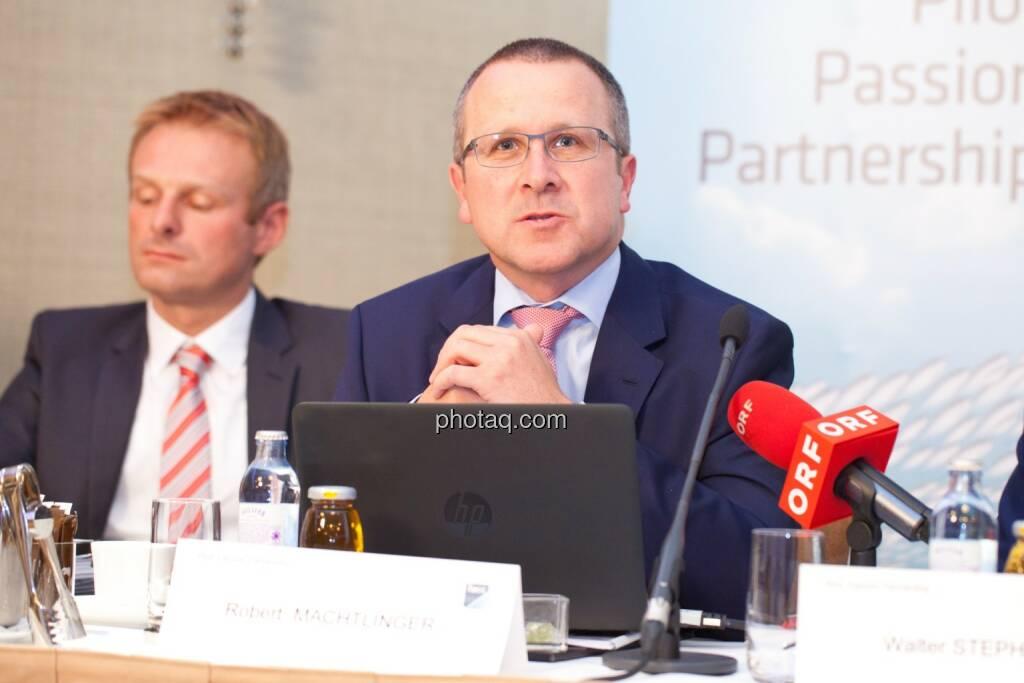 Andreas Schoberleitner (COO FACC), Robert Machtlinger (COO FACC), © photaq/Michi Mejta (04.06.2014)