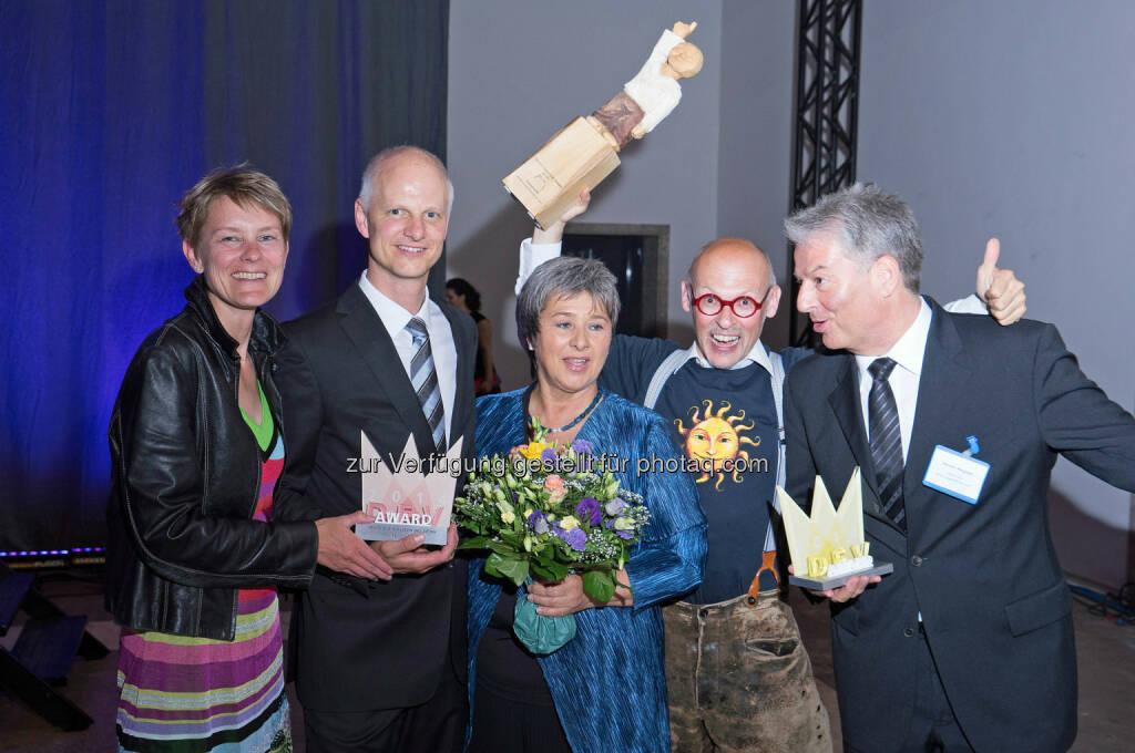 Carina Dworak und Niklas Bönström (Mrs Sporty), Franchise-Beraterin Waltraud Martius (Syncon), Johannes Gutmann (Sonnentor) und Karsten Wegener (Elithera) - Räumten in München die Deutschen Franchise-Awards ab (Bild: Syncon), © Aussendung (10.06.2014)