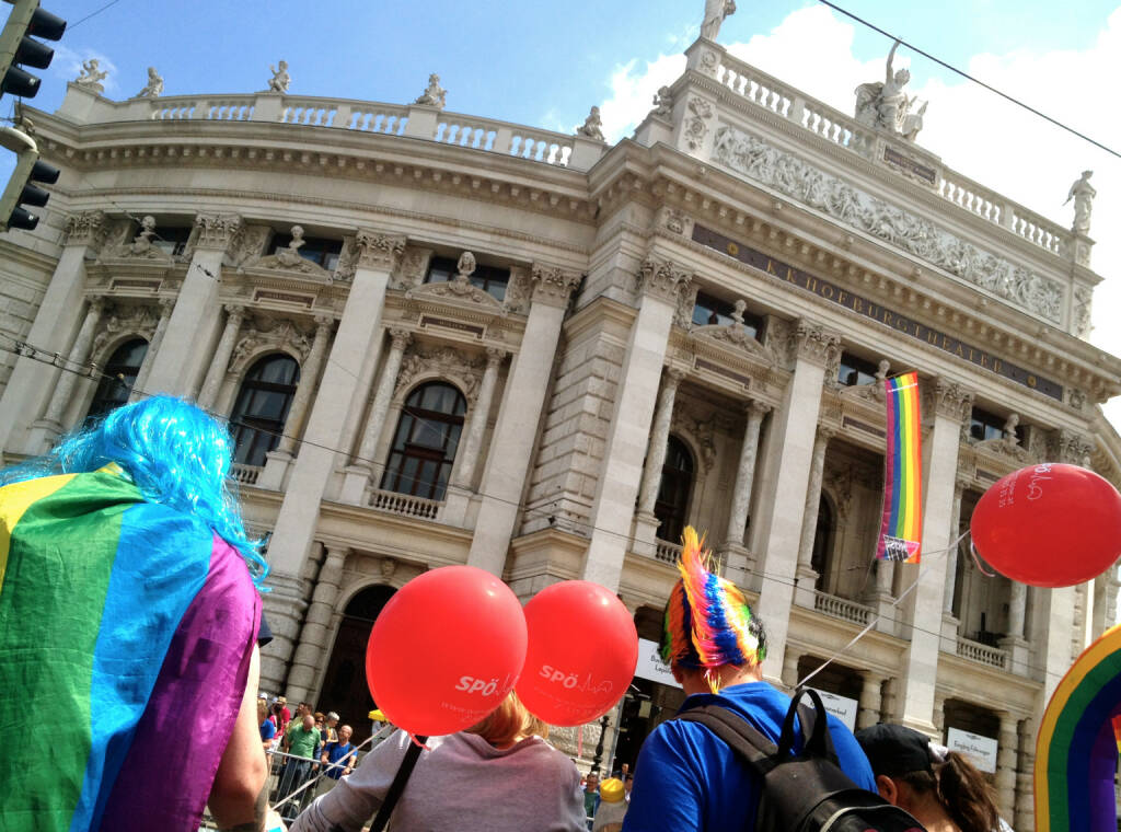 Burgtheater Regenbogenparade 2014 (14.06.2014)