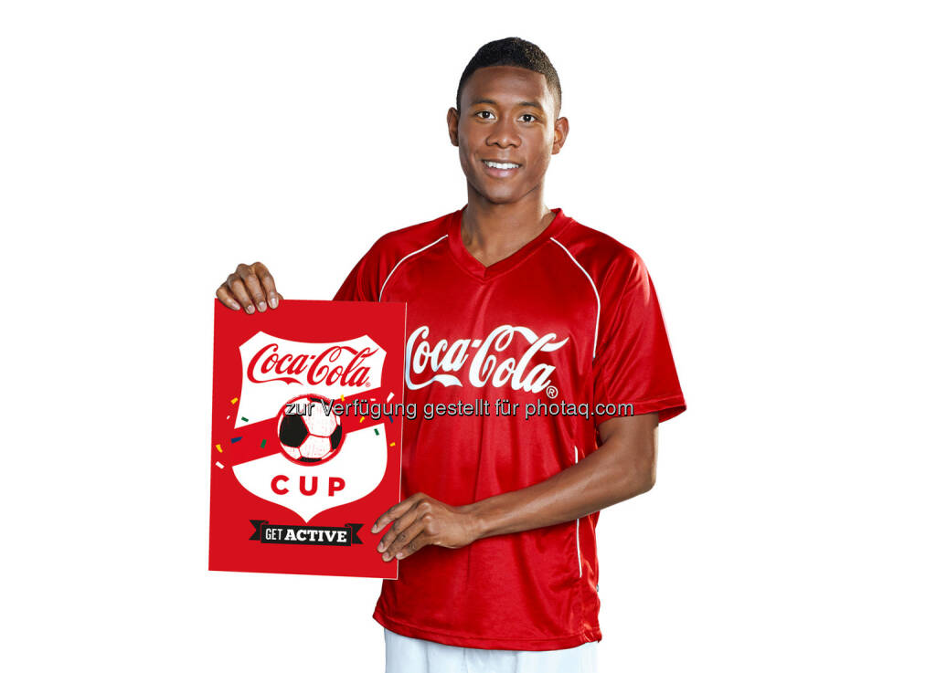 David Alaba mit dem Logo des Coca-Cola Cups, © Gepa (16.06.2014)