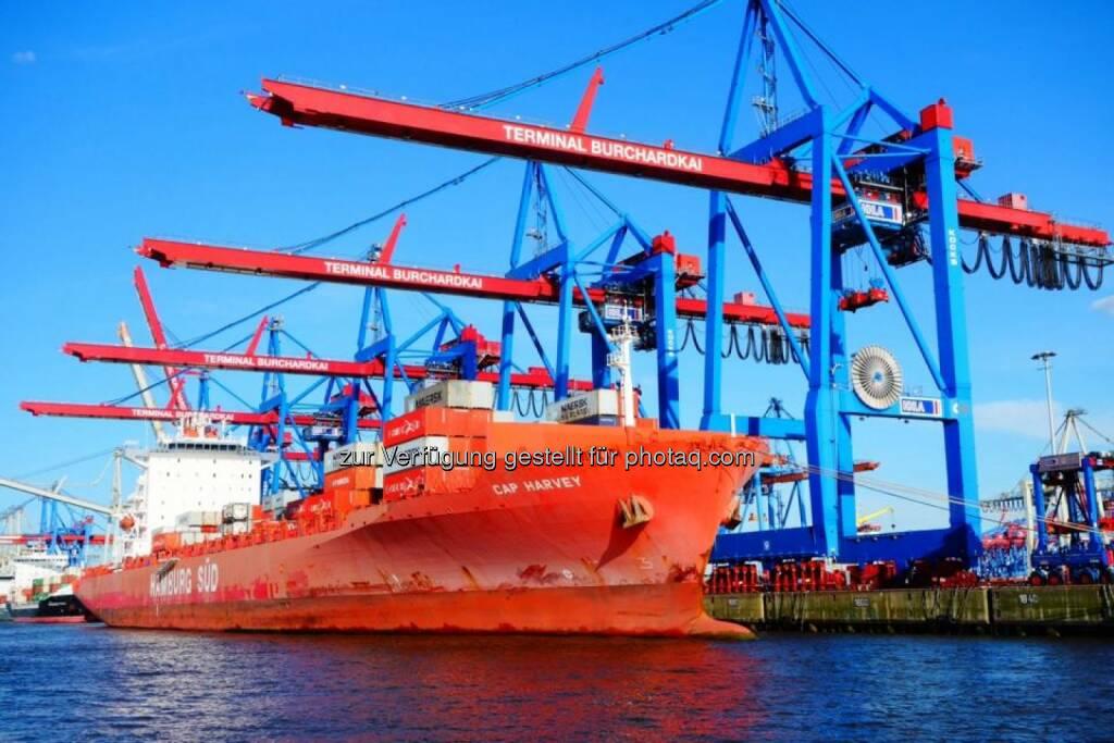 Schiffe, Schiff, Hamburg Hafen, © Dirk Herrmann (20.06.2014)