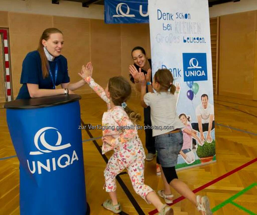 Uniqa: Das Fit aufwachsen Camp 2014 ist nun vorbei. Die Fotos der drei Termine in Innsbruck, Klagenfurt und Wien finden Sie unter www.bit.ly/UNIQA_FitAufwachsenCamp_Bilder Wir freuen uns auf die österreichweite Fortsetzung im Jahr 2015. :)  Source: http://facebook.com/uniqa.at (20.06.2014)