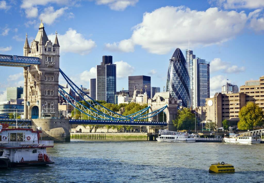 London, Tower Bridge, England, UK http://www.shutterstock.com/de/pic-92655643/stock-photo-financial-district-of-london-and-the-tower-bridge.html (Bild: www.shutterstock.com), © shutterstock.com (28.06.2014)