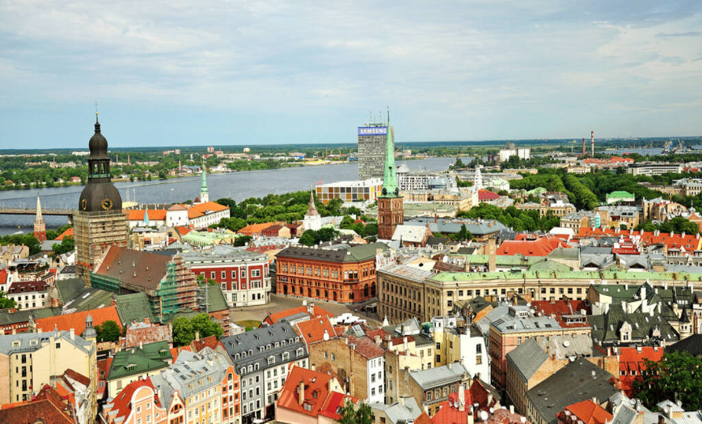 Riga, Lettland - http://www.shutterstock.com/de/pic-172968023/stock-photo-top-view-of-the-city-of-riga-and-the-river-daugava.html (Bild: www.shutterstock.com), © shutterstock.com (28.06.2014)