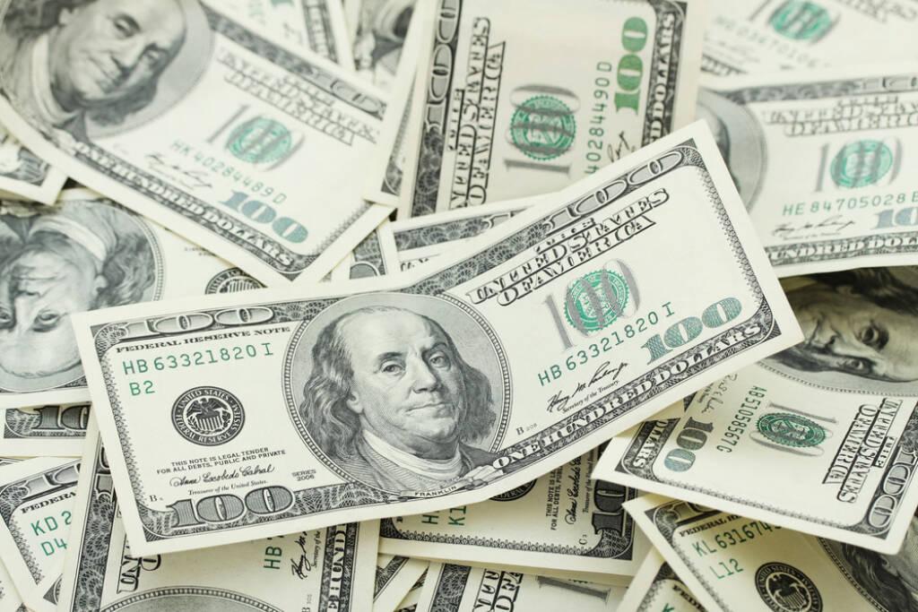 Dollar, US-Dollar http://www.shutterstock.com/de/pic-150954545/stock-photo-background-with-money-american-hundred-dollar-bills-horizontal.html (Bild: www.shutterstock.com) (29.06.2014)