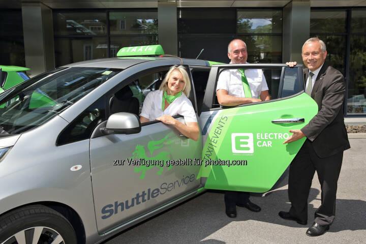 Ab 1. Juli starten Elektro-Taxis in Graz: Unternehmer Erwin und Irene Wailland starten Elektro-Taxi-Flotte in Graz mit Unterstützung von Energie Steiermark Vorstand Christian Purrer
