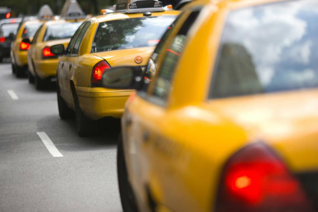 Taxi, New York, http://www.shutterstock.com/de/pic-145361332/stock-photo-new-york-city-cabs.html , © (www.shutterstock.com) (01.07.2014)