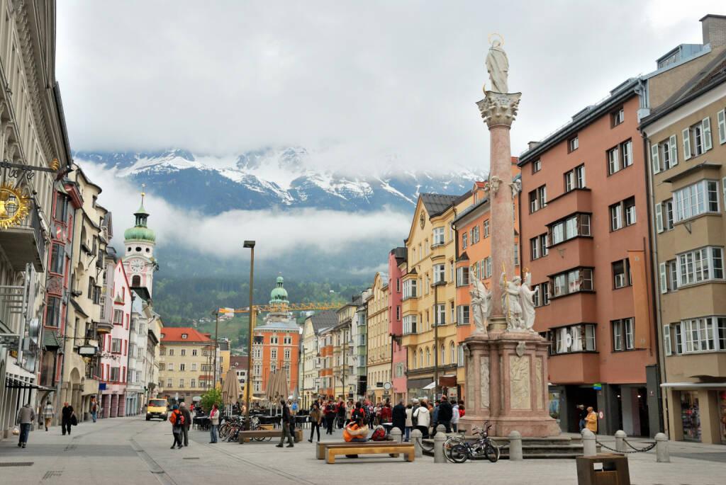 Innsbruck, Tirol, Nordkette, Pestsäule, http://www.shutterstock.com/de/pic-129593015/stock-photo-townscape-of-innsbruck-switzerland.html (Bild: www.shutterstock.com) (01.07.2014)
