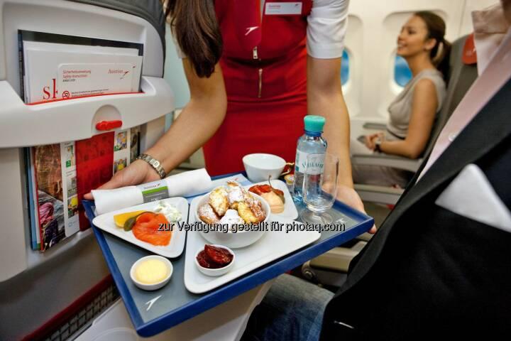 """Austrian Airlines erweitert ihr """"Smart Upgrade"""" Angebot. Ab sofort haben Passagiere die Möglichkeit, auch auf allen Europa Linienflügen einen Platz in der Austrian Business Class zu ersteigern."""