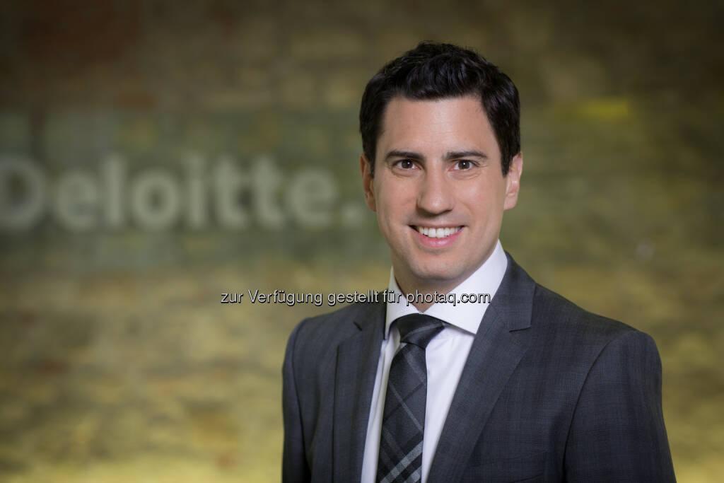 Christian Wilplinger (Partner Deloitte) ist seit 2004 bei Deloitte tätig und blickt auf eine über zehnjährige Berufserfahrung in der Steuerberatung zurück. Als Wirtschaftsprüfer und Steuerberater ist er bei Deloitte für den Private Clients-Bereich zuständig und auf die steuerliche Beratung von Privatpersonen, Stiftungen und Familienunternehmen spezialisiert. In diesem Zusammenhang beschäftigt er sich intensiv mit Spezialfragen der Stiftungs-, Immobilien- und Kapitalvermögensbesteuerung. (Bild: Daniel Hinterramskogler) (01.07.2014)