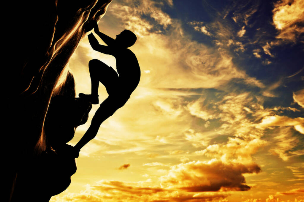 bergauf, aufwärts, hinauf, steil, steiler Weg, http://www.shutterstock.com/de/pic-178392428/stock-photo-a-silhouette-of-man-free-climbing-on-rock-mountain-at-sunset-adrenaline-bravery-leader.html , © (www.shutterstock.com) (01.07.2014)