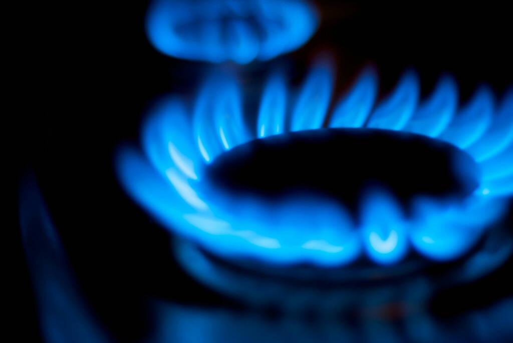 Gasflamme, Gas, Erdgas, http://www.shutterstock.com/de/pic-110832431/stock-photo-blue-natural-gas-flames.html , © (www.shutterstock.com) (01.07.2014)