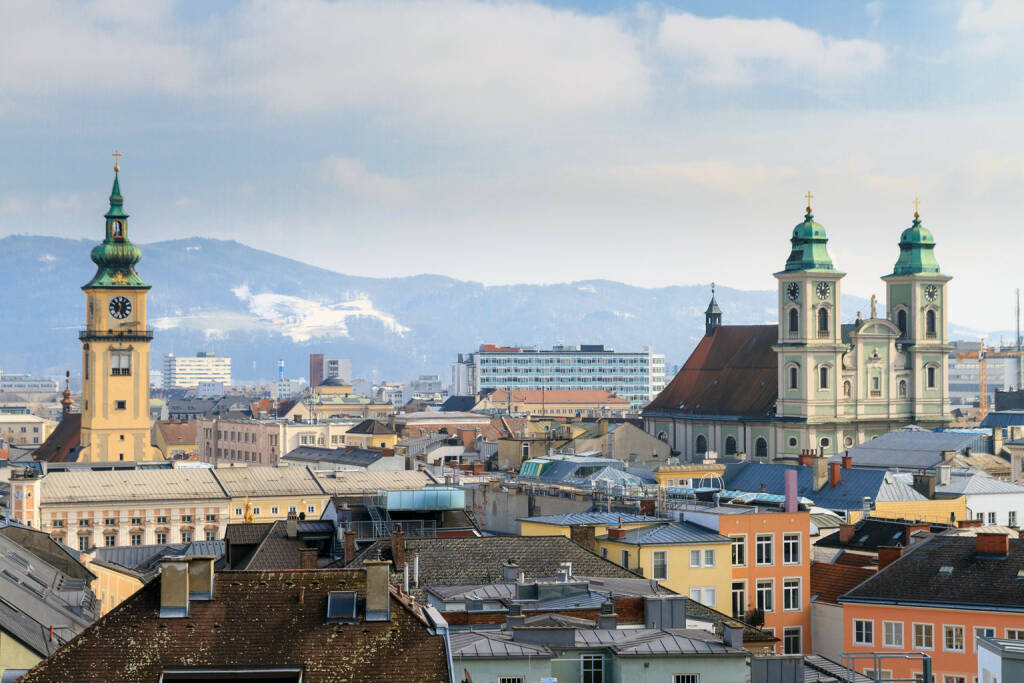Linz, Oberösterreich, Altstadt, Kirchen, http://www.shutterstock.com/de/pic-162282818/stock-photo-linz-view-on-old-city-with-churches-austria.html (Bild: www.shutterstock.com) (02.07.2014)