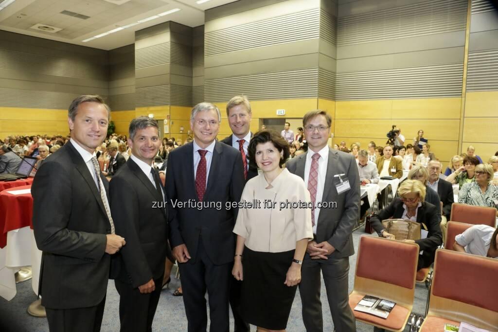 IIR Jahreskongress Die Spital 2014: Robin Rumler, LR Maurice Androsch, BM Alois Stöger, Julian Hadschieff, Präsidentin Ursula Frohner und Manfred Hämmerle (02.07.2014)