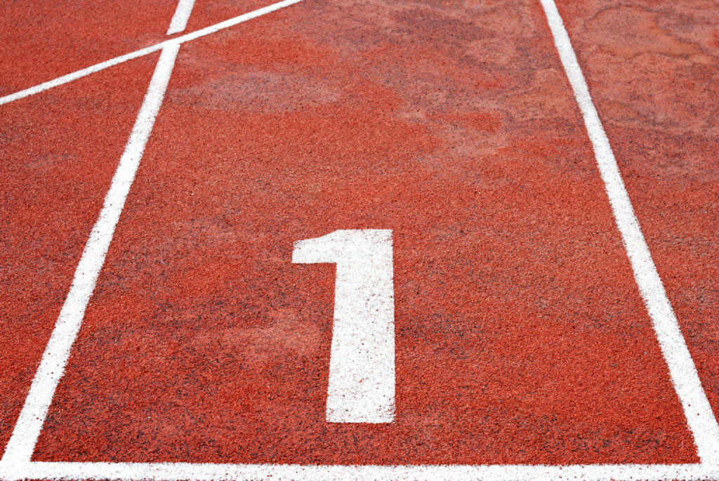 1, Eins, http://www.shutterstock.com/de/pic-150281663/stock-photo-athletics-track-lane-numbers.html , © (www.shutterstock.com) (02.07.2014)