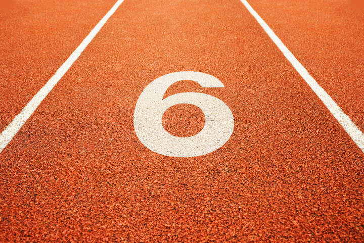 6, Sechs, http://www.shutterstock.com/de/pic-137554556/stock-photo-number-six-on-athletics-all-weather-running-track.html